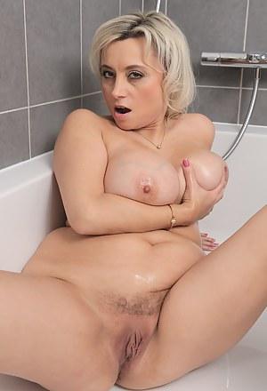 Bathroom Porn Pictures